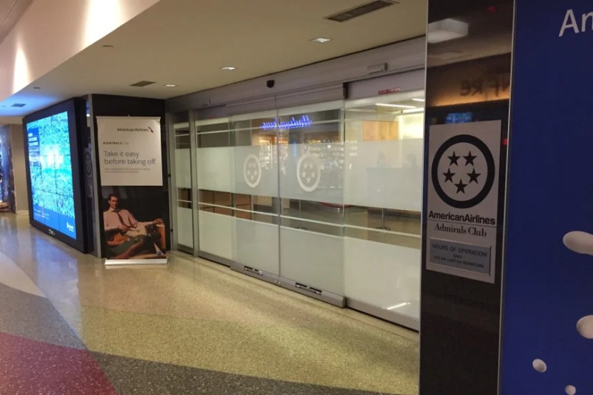Unlike the Admirals Club by B4, this one wasn't kept locked at all times.