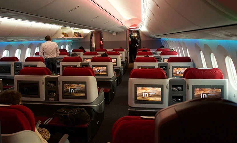 The interior of LAN's Dreamliner.