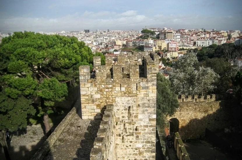The Saint George castle and surrounding Lisbon