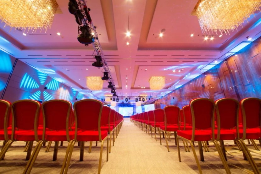 Earn points on planning hotel meetings and conferences at Wyndham. Photo courtesy of Shutterstock.