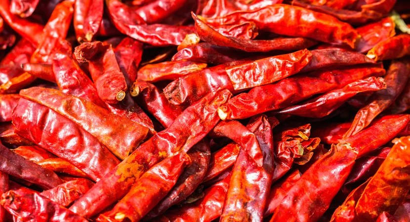 Dried chilli peppers. Image courtesy of Shutterstock.