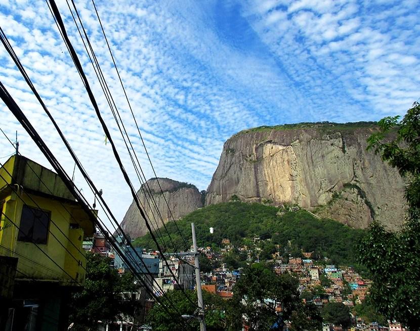 830-Rocinha and Dois Irmaos