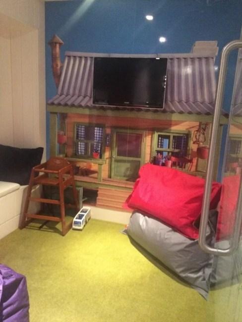 No1 Family room sized