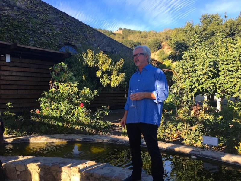 Robert Sinsky welcomed us to the winery and gave us some background on their business.