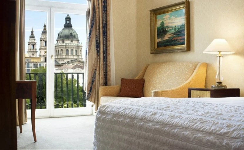 Ritz-Carlton is taking over the former Le Meridien/Elizabeth Park Hotel in Budapest. Photo courtesy of Ritz-Carlton.