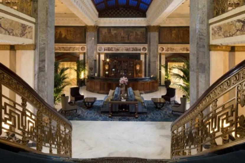 The Seelbach's charming lobby.