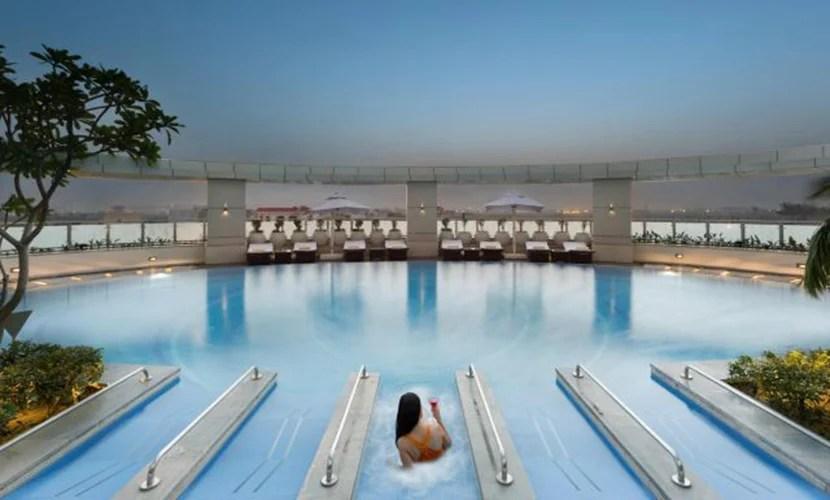The Crowne Plaza Greater Noida swimming pool. Image courtesy of IHG.