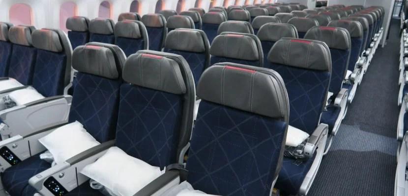 AA 787 Dreamliner seats featured