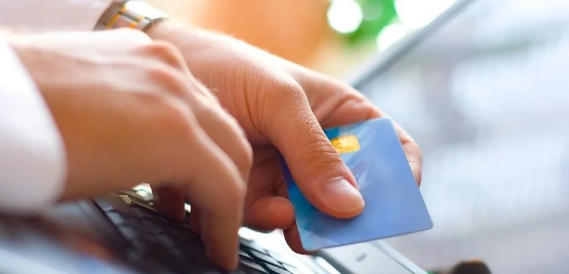 Credit Card laptop featured shutterstock 114439639