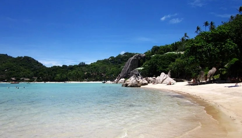 The right travel credit card could help you find your way to this beautiful beach.