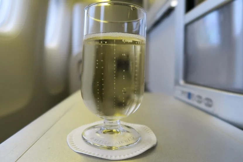 Welcome drinks of Taittinger Brut Reserve were served during boarding.