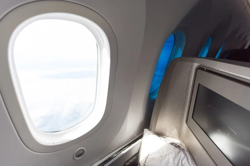 The Dreamliner's electronic windows get dark, but not quite dark enough — here's the contrast between a fully-transparent window and fully-darkened window.
