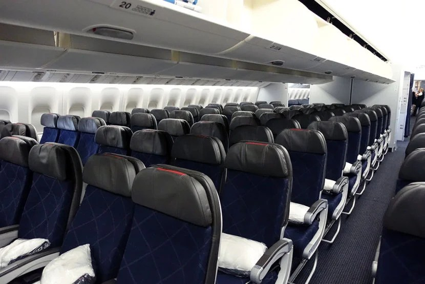 The economy cabin on AA's 773.