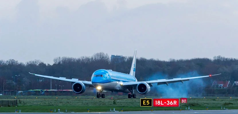 You'll soon be able to fly the Dreamliner between San Francisco and Amsterdam.