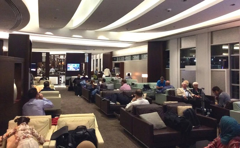 The lounge was pretty busy during my visit.