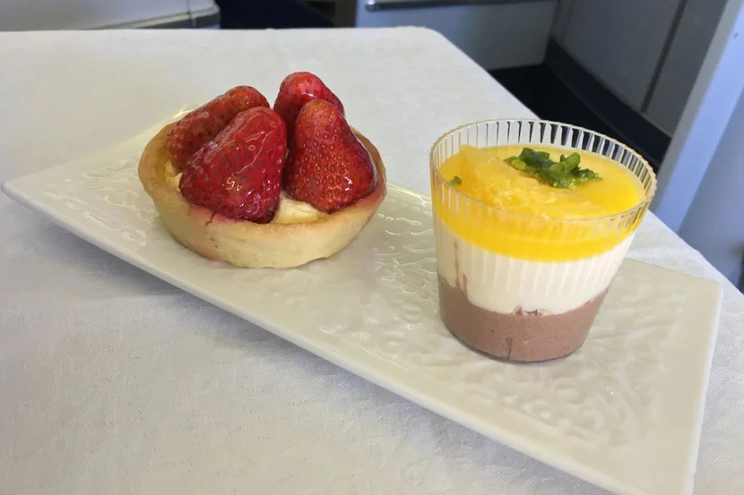 The two mini-desserts, though, were smashing.