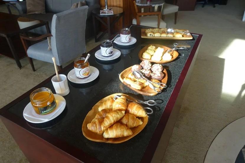 Hyatt-Belgrade-Lounge-Bfast1
