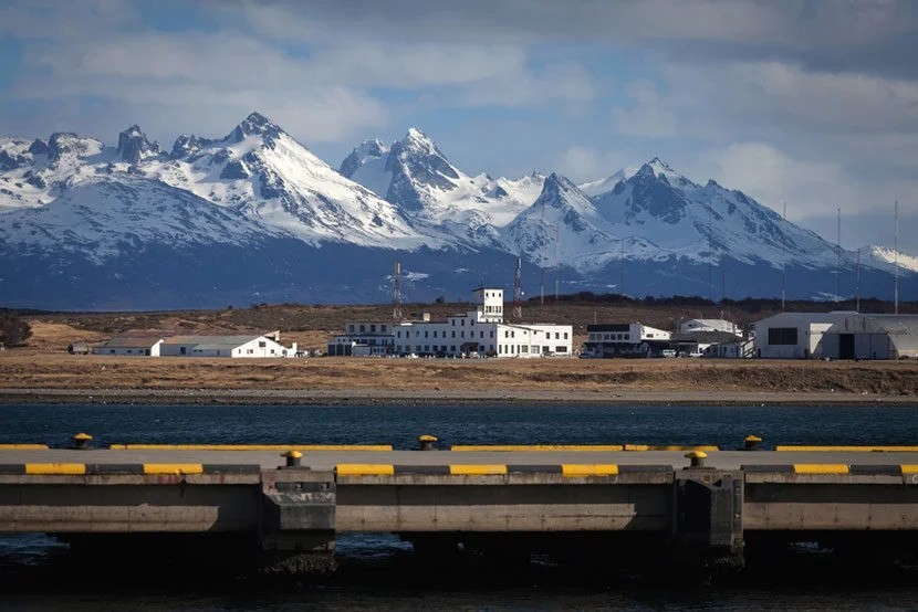 "Ushuaia Airport is located in Argentina's Tierra Del Fuego. Image Courtesy of <a href=""http://www.shutterstock.com/pic-157624349/stock-photo-a-view-of-the-airport-of-ushuaia-tierra-del-fuego-boats-line-t.html?src=1X16sNxzzAu2KuspLpqqkQ-1-0"" target=""_blank"">Shutterstock</a>."