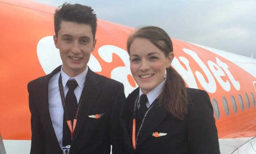 Kate McWilliams (26) and Luke Elsworth (19) recently flew together. Image courtesy of easyJet.