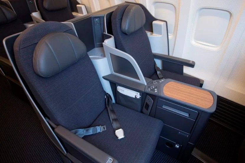 American's retrofitted 757 business-class seats. Image courtesy of AA.