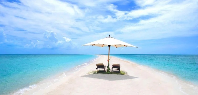 Want to disappear for a few days? David Copperfield's private island is the answer. Image courtesy of The Islands of Copperfield Bay (Musha Cay)/Facebook.