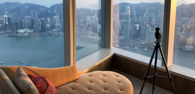 ritz-carlton-hong-kong-suite-feat