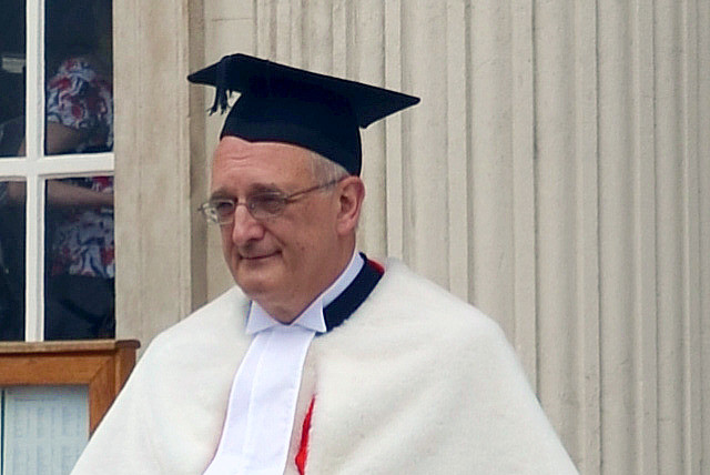Cmglee_Cambridge_graduation_Leszek_Borysiewicz