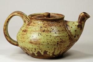 Guellemo Cuellar Teapot