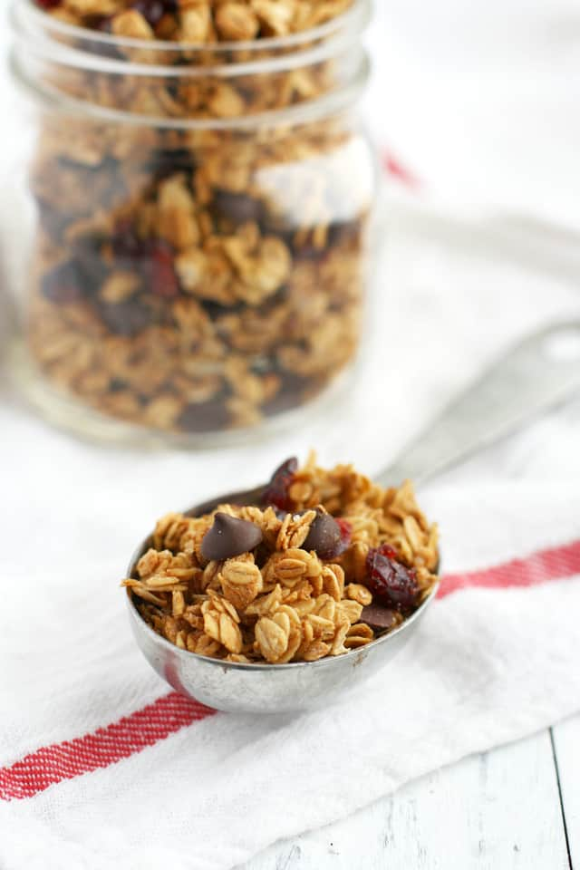 This chocolate chip and cranberry granola recipe is free of the top 8 allergens and so easy to make!  Delicious, healthy, and free of the top 8 allergens. #granola