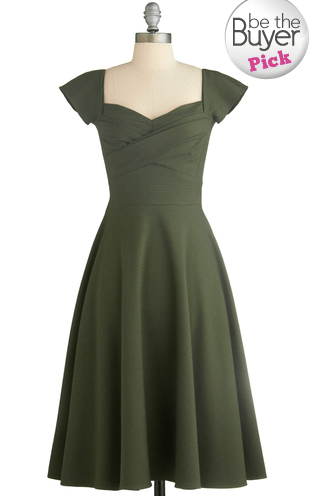 Cyber Monday Sale Modcloth, Modcloth Sweetheart neckline dress, modcloth 60s dress
