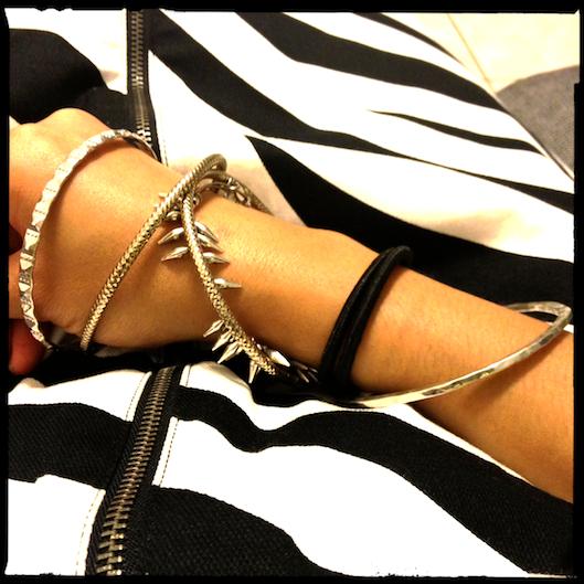 Hawaii Fashion Style, Silver Arm Party, Zebra Print Skirt