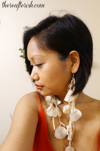 thereafterish, OOTD, lace earrings, mikinola, bamboo sky, how to wear red white and blue