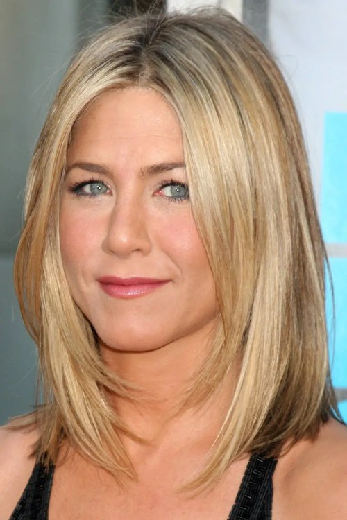 Jennifer Anniston layered haircut