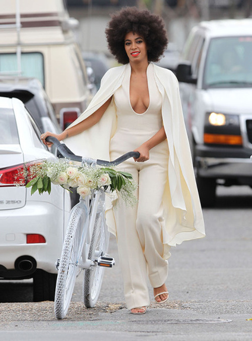 Solange wedding natural hairstyle