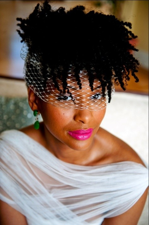 short curly wedding hairstyle for black women