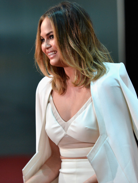 Chrissy Teigen medium shag haircut