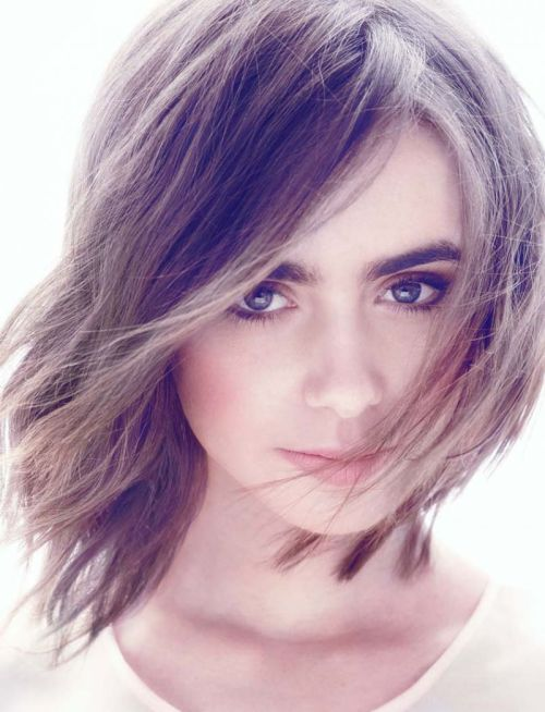 Lily Collins medium shag haircut