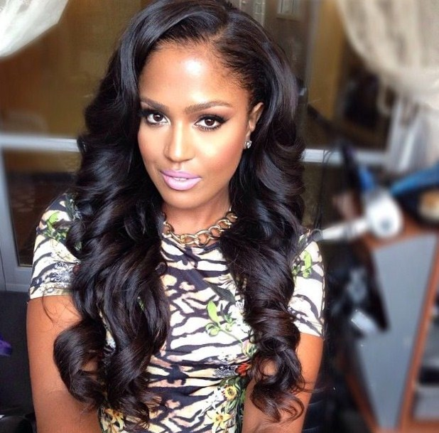 hairstylesvedio and pics latest : Long Weave Hairstyle