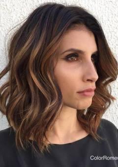 1-wavy-brunette-balayage-lob