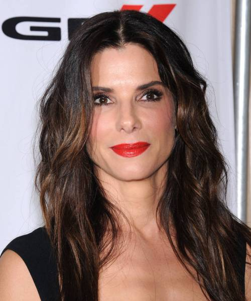 Sandra Bullock hairstyle for square face