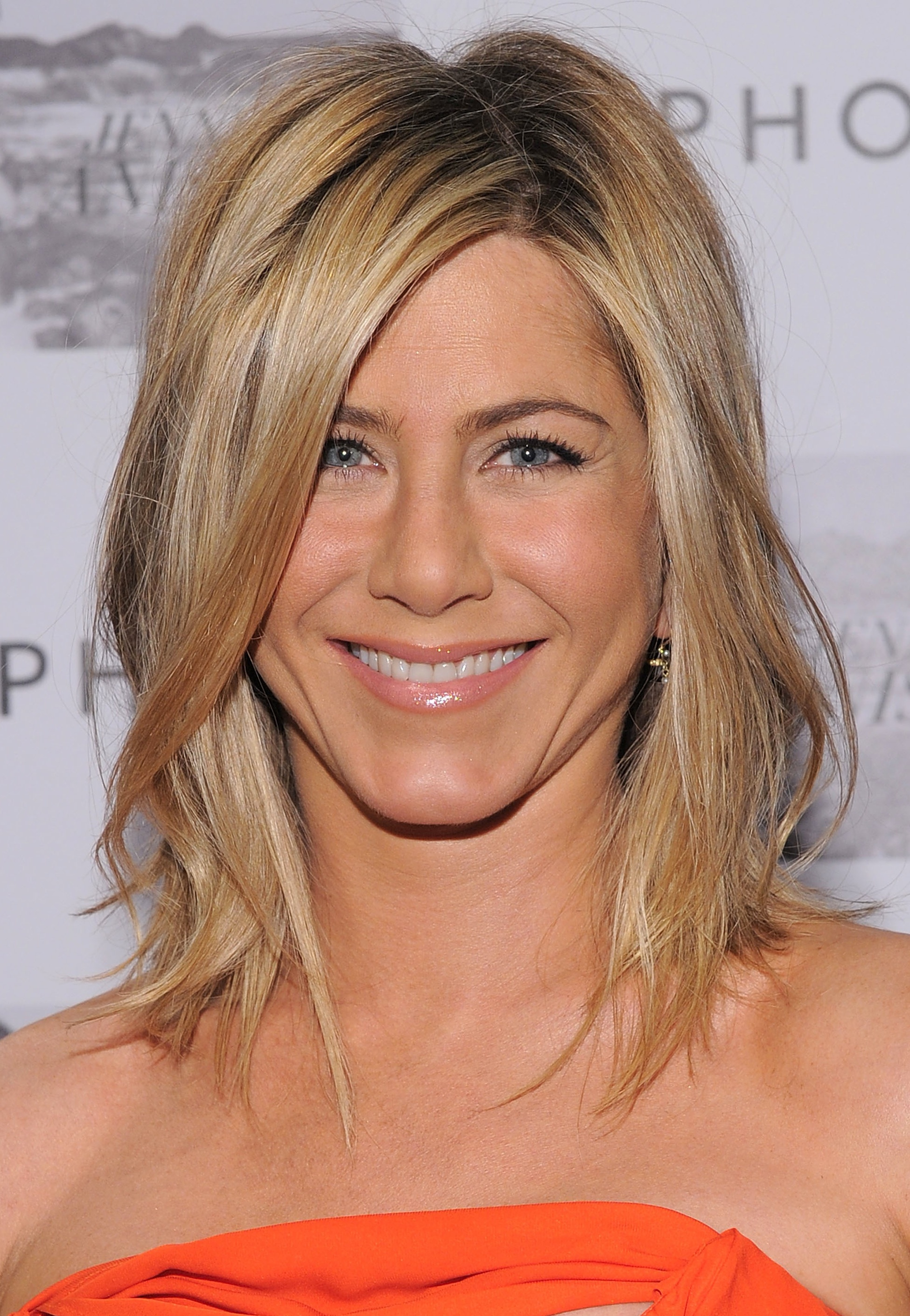 Jennifer Aniston edgy hairstyle