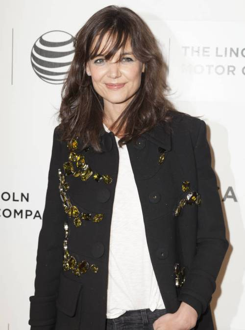 Katie Holmes long layered haircut