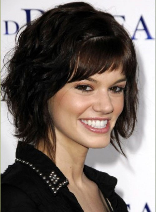 short layered haircut for thick wavy hair