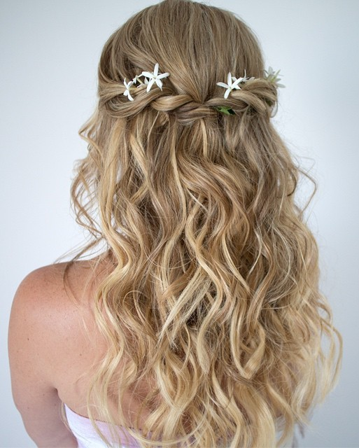Cute And Easy Curly Half Updo