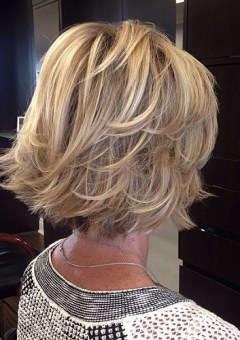 Short , Older Women , Hair Styles