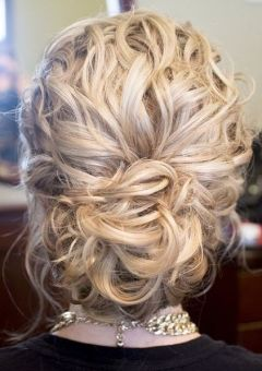 4-loose-curly-updo