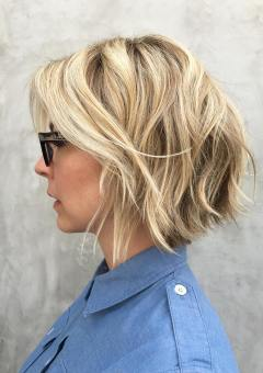 8-blonde-layered-bob-with-highlights