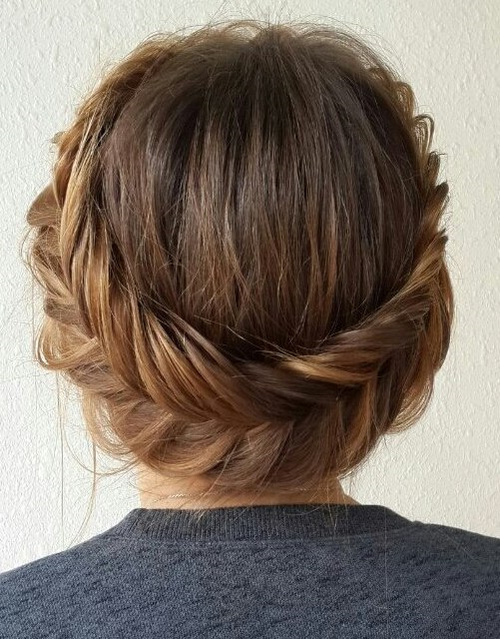 54 easy updo hairstyles for medium length hair in 2017. Black Bedroom Furniture Sets. Home Design Ideas