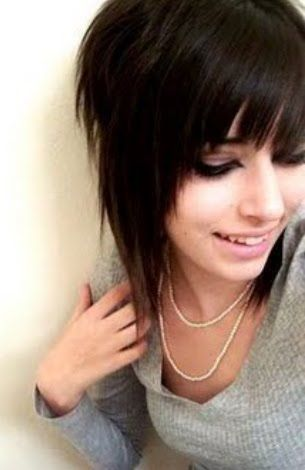 medium emo hairstyle for girls