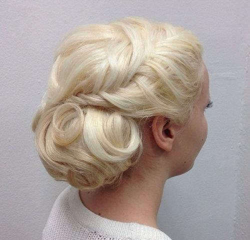 vintage blonde updo